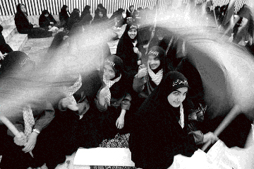Iran: Girl Power! © Newsha Tavakolian, 2006