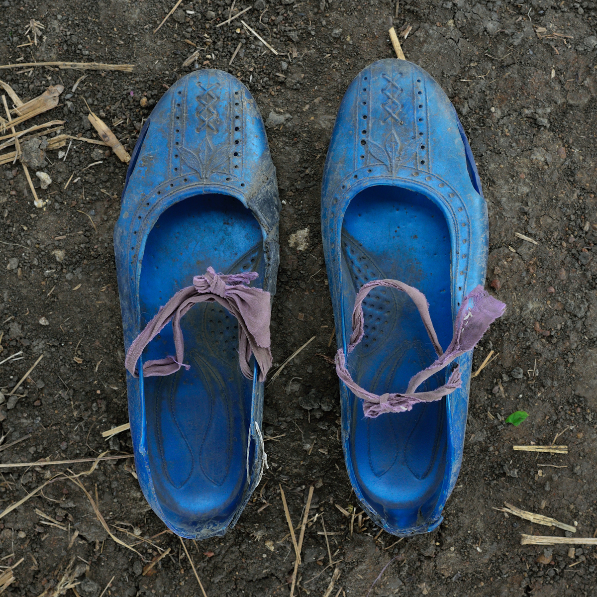A Long Walk (Refugee Shoe Project) © Shannon Jensen, 2014